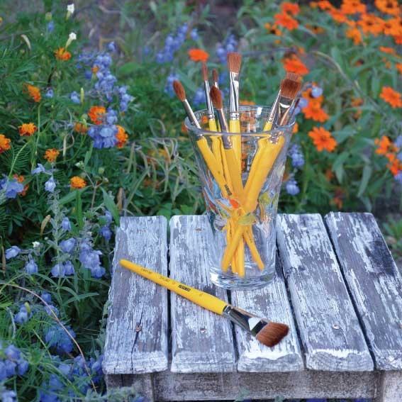 鮮やかさで選ぶ・・・    クレテージュ水彩筆